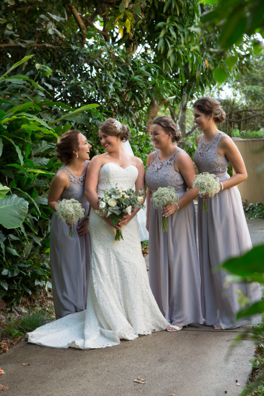 Ash and girls, Down Bangalow Road Photography