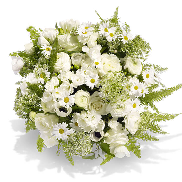 Bouquet Of White Flowers A Beautiful Sympathy Tribute
